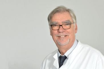 Prof. Dr. Winfried Hardinghaus, Chefarzt der Klinik für Palliativmedizin