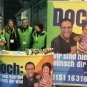 Das Team von SJK und FKH wirbt für die Pflege am Bahnhof Ostkreuz.